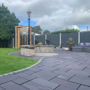 Welsh Slate Penrhyn Heather Blue Riven Paving Patio Pack - 11.95sqm