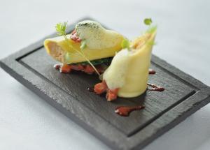 Welsh Slate Fine Appetiser Plate with Grooved border