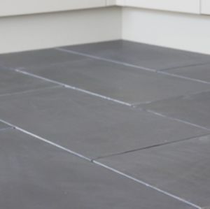 Welsh Slate Cwt-y-Bugail Dark Blue Grey Honed tiles